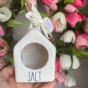 rae dunn salt
